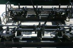 Boîte de vitesses de trains pour des portes de lac de barrage Photographie stock libre de droits