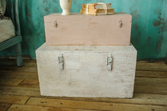 Boîte en bois images stock