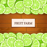 Boîte en bois avec les fruits tropicaux de chaux Illustration de carte de vecteur Embarque le fond en bois, frontière avec les ci Image libre de droits