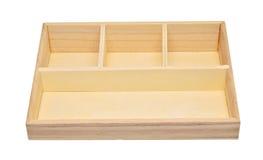 Boîte en bois vide d'étagère d'isolement sur le chemin de coupure blanc de fond Photos stock