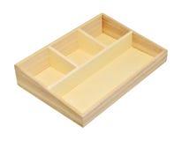 Boîte en bois vide d'étagère d'isolement sur le chemin de coupure blanc de fond Image libre de droits