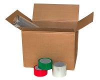 Boîte en carton et ruban adhésif sur le fond blanc Images libres de droits