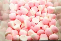 Boîte en plastique avec des bonbons à gelée photo libre de droits