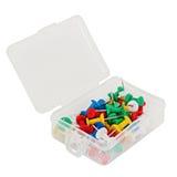 Boîte en plastique transparente avec des punaises d'isolement sur le backgr blanc Image stock