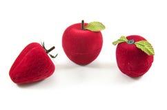 Boîte en soie de velours rouge pour l'engagement Photo libre de droits