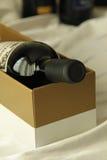 Boîte et vin Image libre de droits