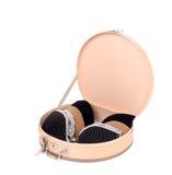 Boîte ouverte mignonne ronde avec trois soutiens-gorge sexy. Images stock