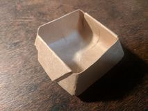 Boîte pliée de feuille simple images libres de droits