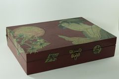 Boîte rouge en bois Images stock