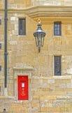 Boîte royale de courrier, Windsor Castle, Angleterre Images libres de droits