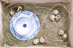Boîte rustique de Pâques photo stock