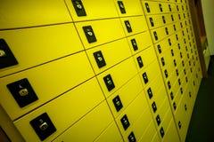 Boîtes aux lettres au bureau de poste Photographie stock libre de droits