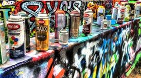 Boîtes de peinture de Graffitti Photographie stock