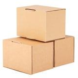 Boîtes en carton. Pyramide des cadres photographie stock libre de droits