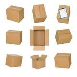Boîtes en carton réglées d'isolement sur le fond blanc Images stock