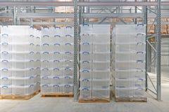 Boîtes en plastique images libres de droits