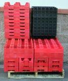 Boîtes en plastique vides Image stock
