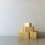 Boîtes mobiles à une nouvelle maison images stock