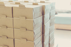 Boîtes prêtes pour la livraison Photographie stock libre de droits