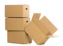 Boîtes vides et fermées sur le fond blanc Photo stock