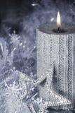 Boże Narodzenia candle z dekoracją Zdjęcia Stock