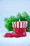 Boże Narodzenia candle z sosnowymi gałąź Obrazy Royalty Free