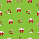 boże narodzenia deseniują bezszwowego Lizaki i piernikowi domy na zielonym tle Fotografia Royalty Free