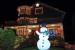 Boże Narodzenia mieścą dekoracj świateł pokazu w podmiejskim Brooklyn sąsiedztwie Dyker wzrosty Fotografia Stock