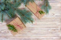 Boże Narodzenia, nowego roku tło, prosty skład robić Xmas dekoracje lub jodeł gałąź, Zdjęcia Royalty Free