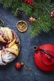 Boże Narodzenia tort i choinka zdjęcia stock