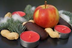 Boże Narodzenia zgłaszają dekorację z świeczką i jodłą fotografia royalty free