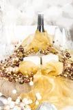 Boże Narodzenia Zgłaszają położenie z tradycyjnymi Wakacyjnymi dekoracjami Zdjęcia Royalty Free