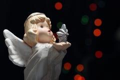 boże narodzenie anioł z gwiazdą i światłami obraz royalty free