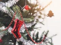 Boże Narodzenie ornamentu dekoraci Xmas drzewny Wakacyjny tło Zdjęcia Royalty Free