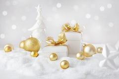 boże narodzenie prezentów white izolacji obrazy stock