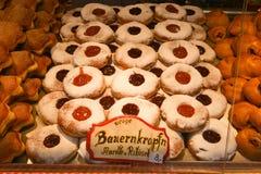 Boże Narodzenie rynek przy Rathausplatz w Wiedeń, Austria Fotografia Royalty Free