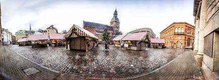 Boże Narodzenie rynek w Ryskim, Latvia zdjęcie royalty free