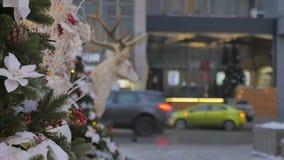 Boże Narodzenie zabawki wiesza na drzewie E atmosfera świąteczna zbiory wideo