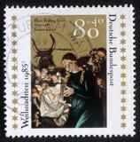 Boże Narodzenie znaczek drukujący w Niemcy pokazuje Bożenarodzeniowego Creche zdjęcie royalty free