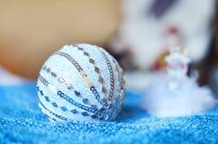 Bożego Narodzenia srebra łęk Dekoracja dla domu Obrazy Stock