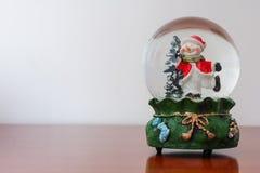 Bożenarodzeniowa śnieżna kula ziemska zdjęcie stock
