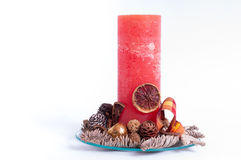 Bożenarodzeniowa świeczka na szklanym talerzu zdjęcia stock