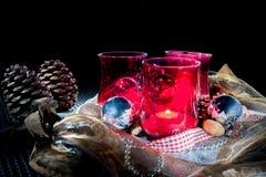 Bożenarodzeniowa dekoracja z czerwonymi lampionami Obraz Royalty Free