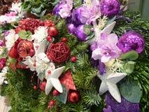 Bożenarodzeniowa dekoracja z zielonymi gałąź Fotografia Stock