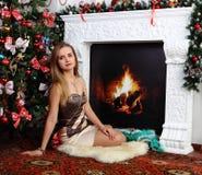 Bożenarodzeniowa dziewczyna obrazy royalty free