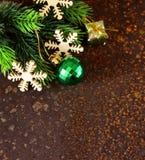 Bożenarodzeniowa jedlinowego drzewa rama z dekoracją Obrazy Royalty Free
