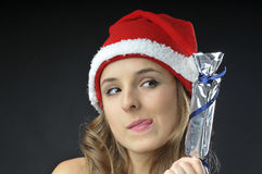 Bożenarodzeniowa naga dziewczyna zakrywający prezent Obrazy Stock