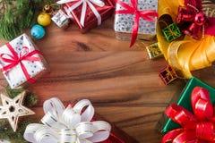 Bożenarodzeniowa prezent rama, tło i Zdjęcia Royalty Free