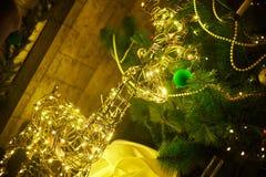 Bożenarodzeniowe dekoracje i atrybuty boże narodzenia i nowy rok fotografia royalty free