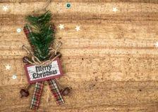 Bożenarodzeniowe dekoracje na drewnianym tle Piękni boże narodzenia ca Zdjęcie Royalty Free